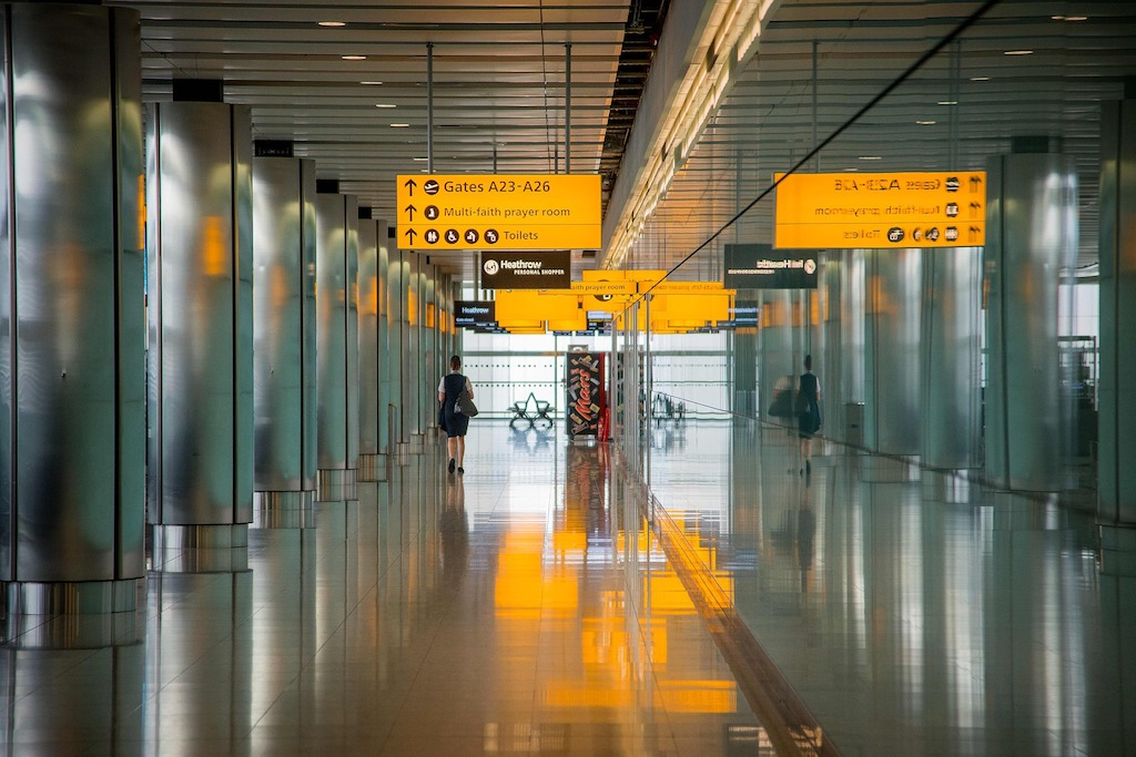 airport safety systems by AIS